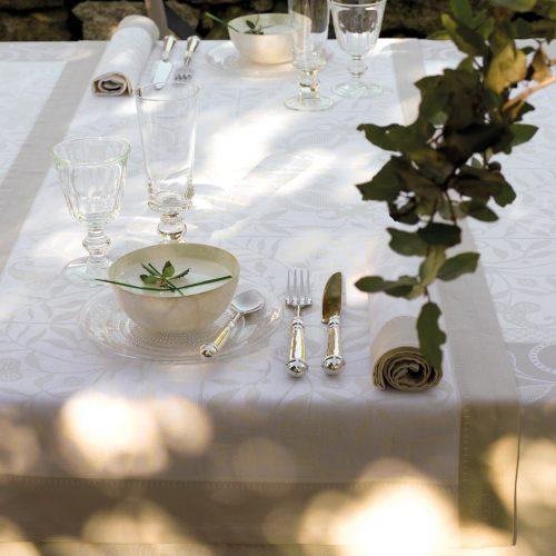 1005-chemin-de-table-venezia-ivoire-ivoire-amb